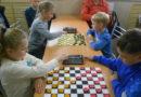 На стадионе «Металлург» прошли соревнования по стоклеточным шашкам