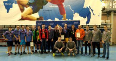 В Выксе прошел чемпионат округа по волейболу среди дворовых команд