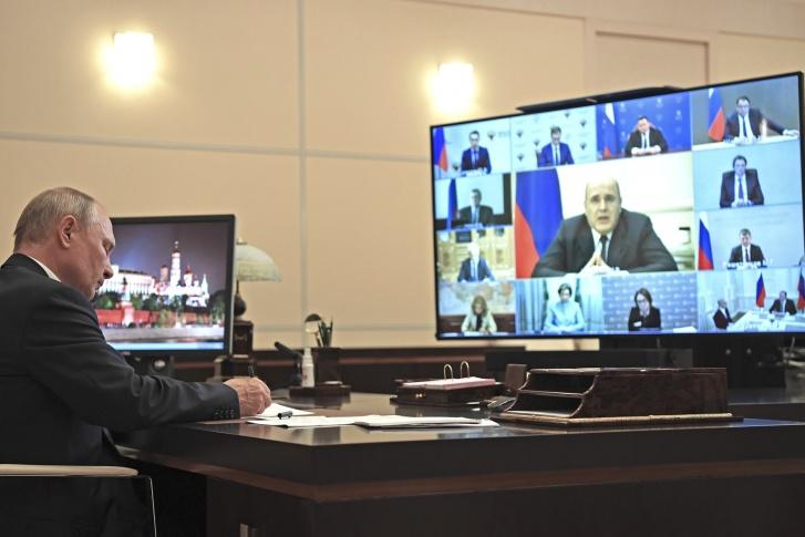 Путин устроил разнос по коронавирусным выплатам. Пересказываем совещание максимально коротко