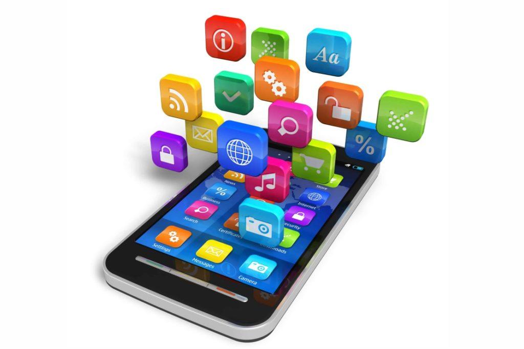 Власти обязали устанавливать 16 видов российских приложений на смартфоны